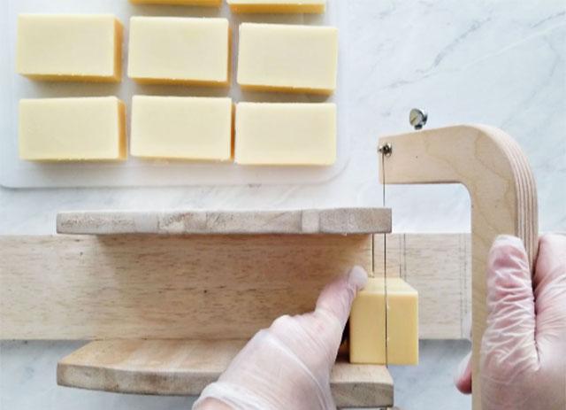 Basic Cold Process Soap Recipe Step 8b